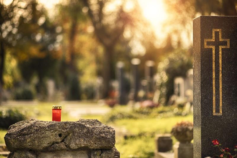 entretien de tombe à Albertville | Marbrerie Pech