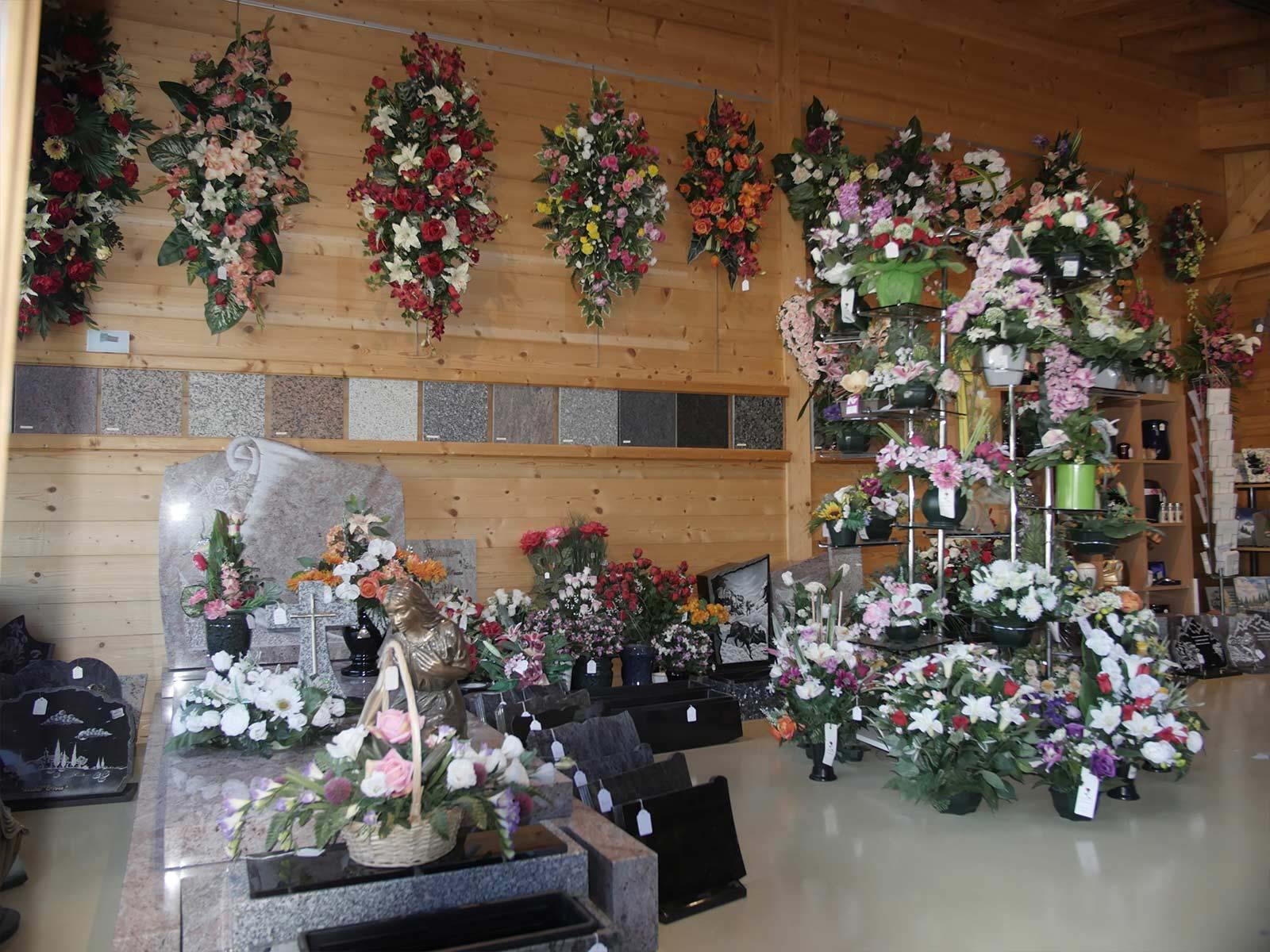 l'organisation des obsèques à Ugine | Marbrerie Pech